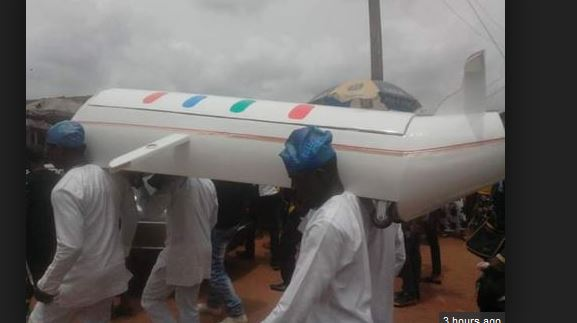 Wonders Shall Never End: Man Buried In A Coffin Shaped Like A Helicopter In Edo [PHOTOS]