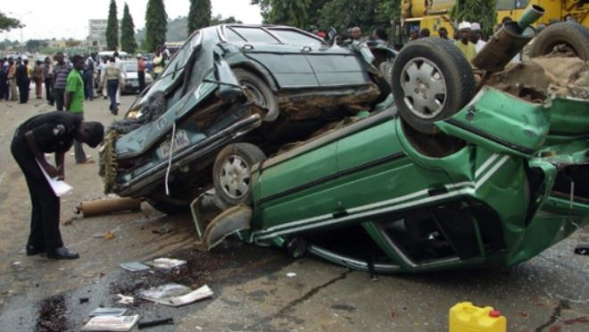 Driver Kills 16 People On Nsawam Road in Ghana While Watching P*rn