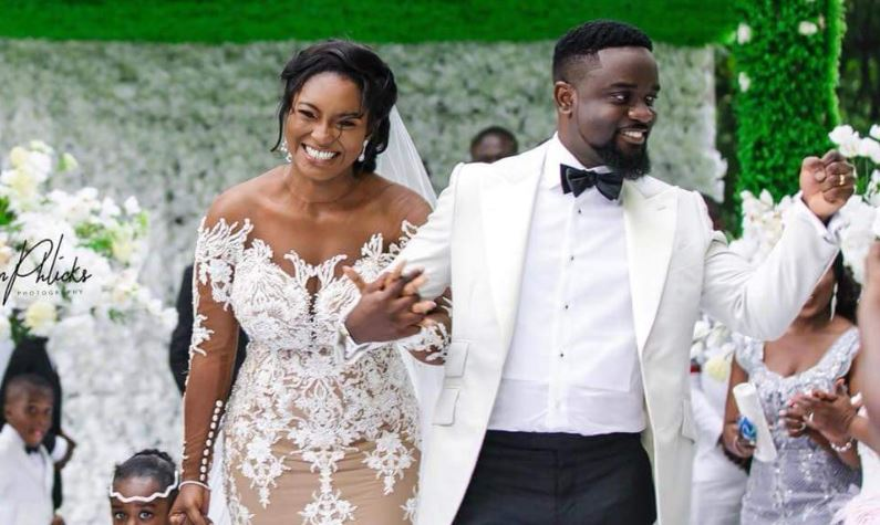 """""""Tracy Should Divorce Sarkodie For Removing His Wedding Ring"""" – Counsellor Lutterodt"""