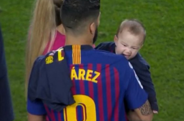 Like Father Like Son: Luis Suarez Receives Bite From His Son After Barcelona Secure La Liga Title