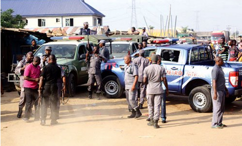Panic In Lagos As Customs, Air Force Officers Clash In Badagry