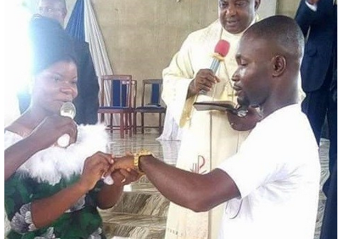 Checkout This Nigerian Couple's Outfit For Their Church Wedding