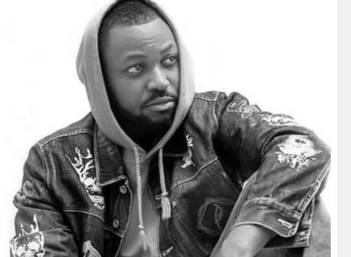 Download Mp3: Yaa Pono - Two Guns